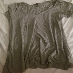 3/4 sleeve grey shirt